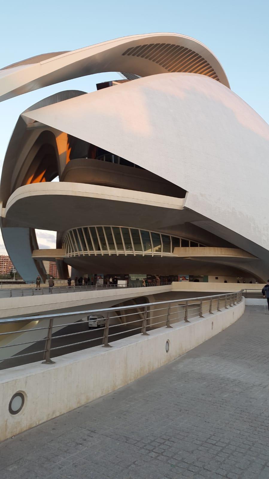 """ÓPERA DESDE CASA""del 19 de Mayo al 16 de Junio – Palau de Les Arts"